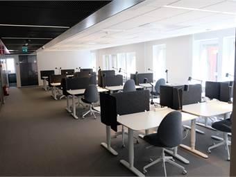 Egen yta på första våningen, exklusivt och privat. Ca 60 kvm - 30 platser