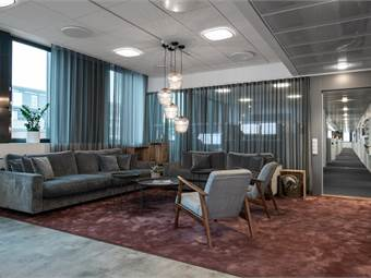 Loungedel i nybyggt och iordningsställt våningsplan.