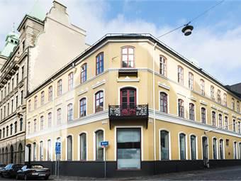 Adelgatan 21, Regus kontorshotell