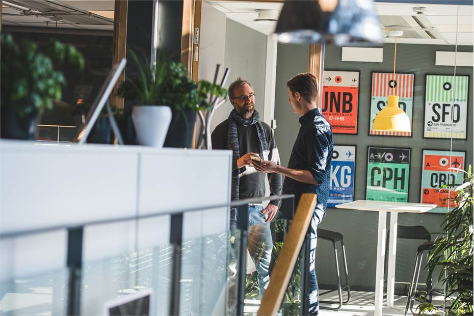 Private Desk - yta och mötesrum