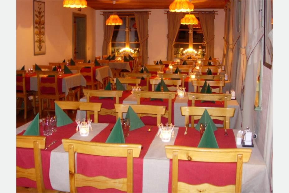 Restaurangen dukat för julbord