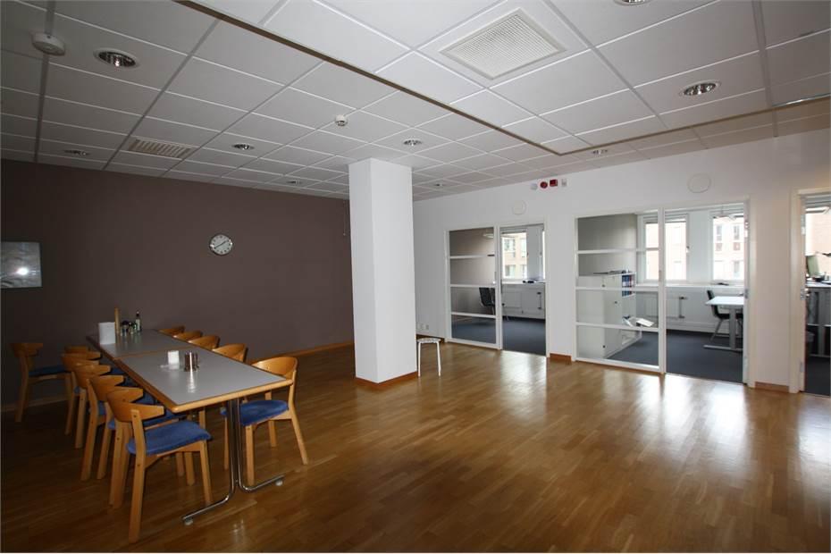 Fraktflygargatan 16B, Söderort, Skarpnäck - Kontor