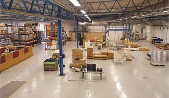 Rymlig lager- produktionslokal