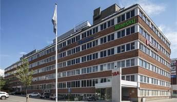Trevlig kontorslokal på plan 6. Närhet till Bromma Airport och köpcenter precis över vägen.