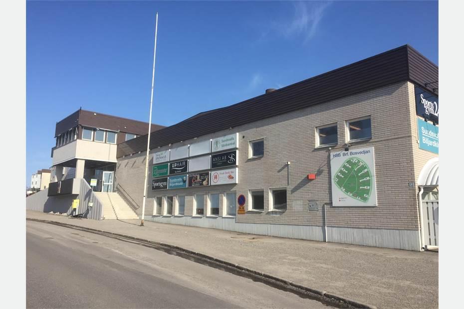 Fasad från Bäckebovägen