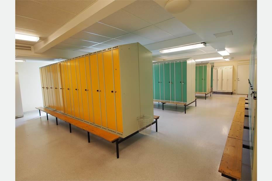Omklädningsrum i angränsande byggnad, Karpalundsvägen 39, Kristianstad, Kristianstad - Lager/Logistik