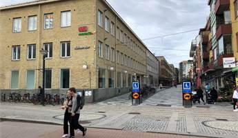 Exponering mot Brogatan och Resecentrum