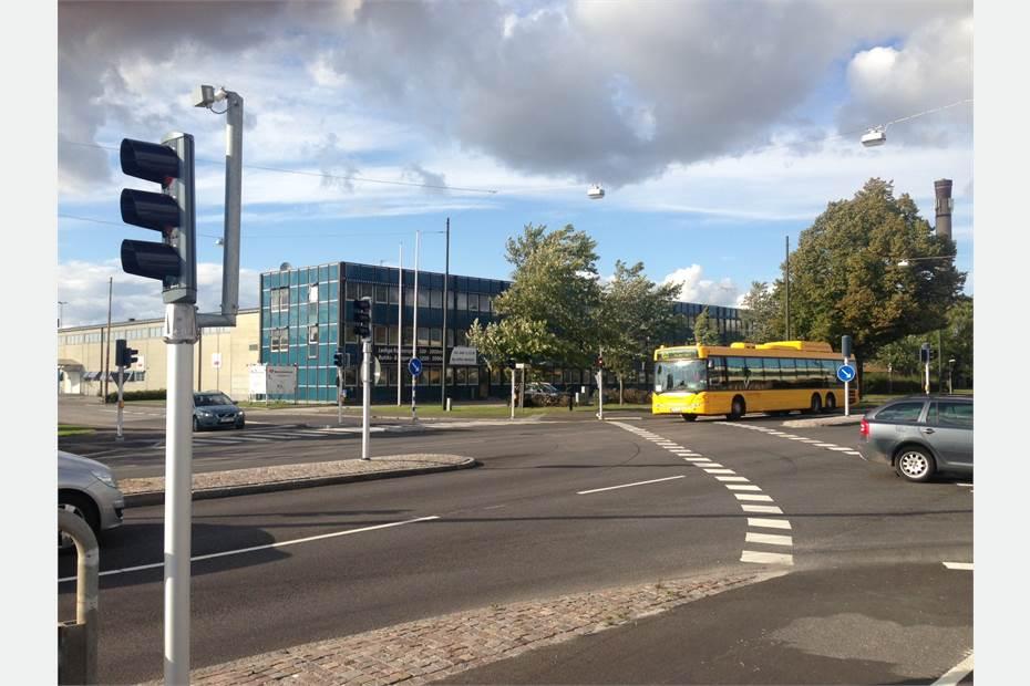 Bra kommunikations- och exponeringsläge längs Lundavägen