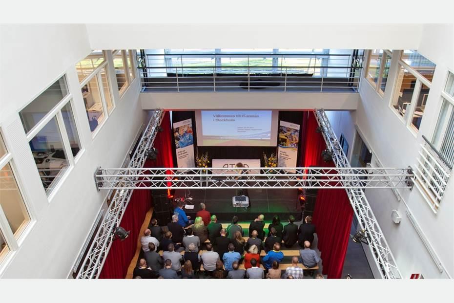 Middlepoint Meetings - Flexibel ljusgård i Kista Front för event och större möten.