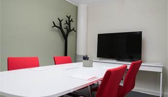 Konferensrum med plats för 6-8 personer