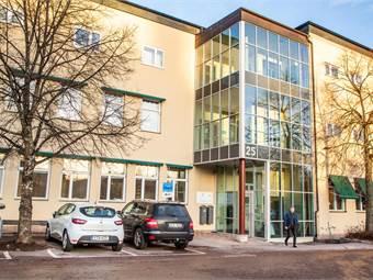 Fasad mot Stora Postenparkeringen